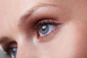Comment corriger les imperfections du regard en médecine esthétique sans le modifier
